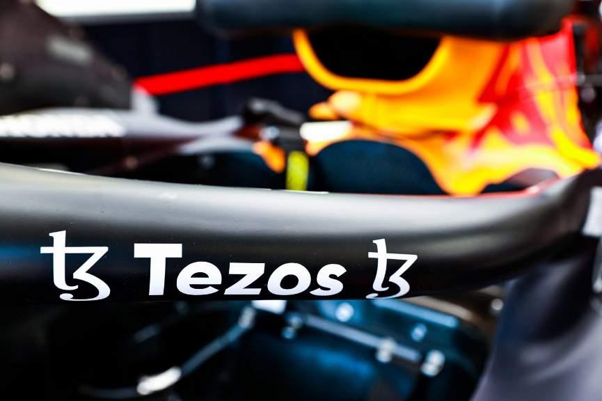 Tezos создаст NFT-коллекцию для команды Red Bull Racing Honda